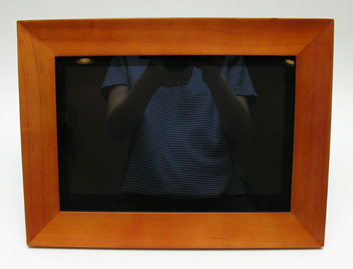 Aluratek 11 Digital Photo Frame Review The Gadgeteer