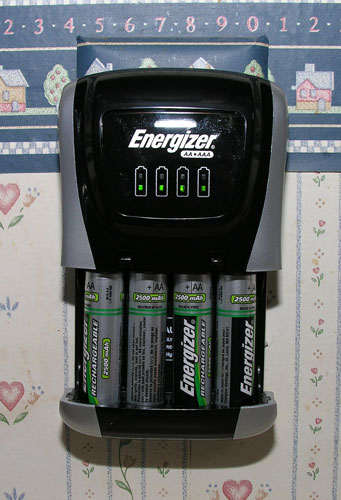 Engergizer Compact Battery Charger