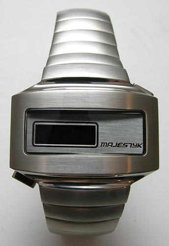 Majestyk Retro 70s Style Led Watch The Gadgeteer