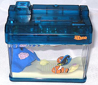 Tomy microaqua dory edition aquarium review the gadgeteer for Toy fish tank