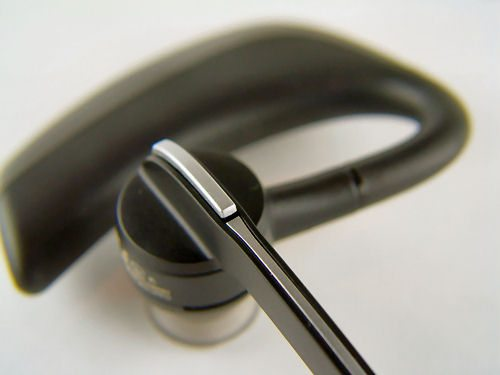 Plantronics Voyager PRO Headset Review – The Gadgeteer