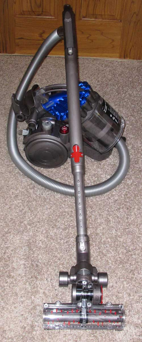 dyson dc23 turbinehead canister vacuum cleaner review the gadgeteer. Black Bedroom Furniture Sets. Home Design Ideas