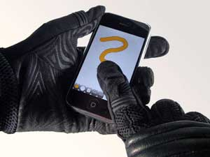 iphone-glove