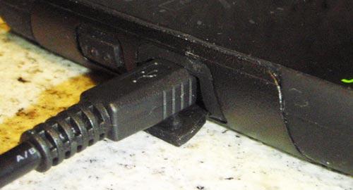 otterbox_commuter-powerplug