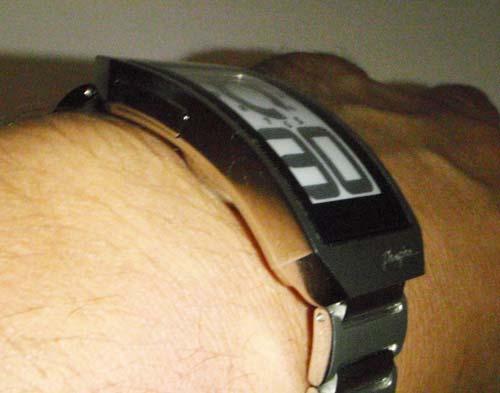 phosphor-wrist_thickness