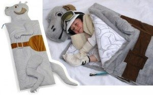 thinkgeek-tauntaunsleepingbag