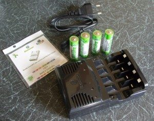 The Battizer, 4 x AA cells, Power Cable & Instruction Manual CD