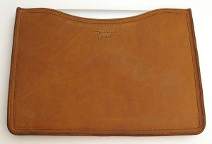 saddleback-laptop-sleeve-6
