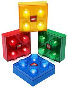 thinkgeek-lego-brick-light