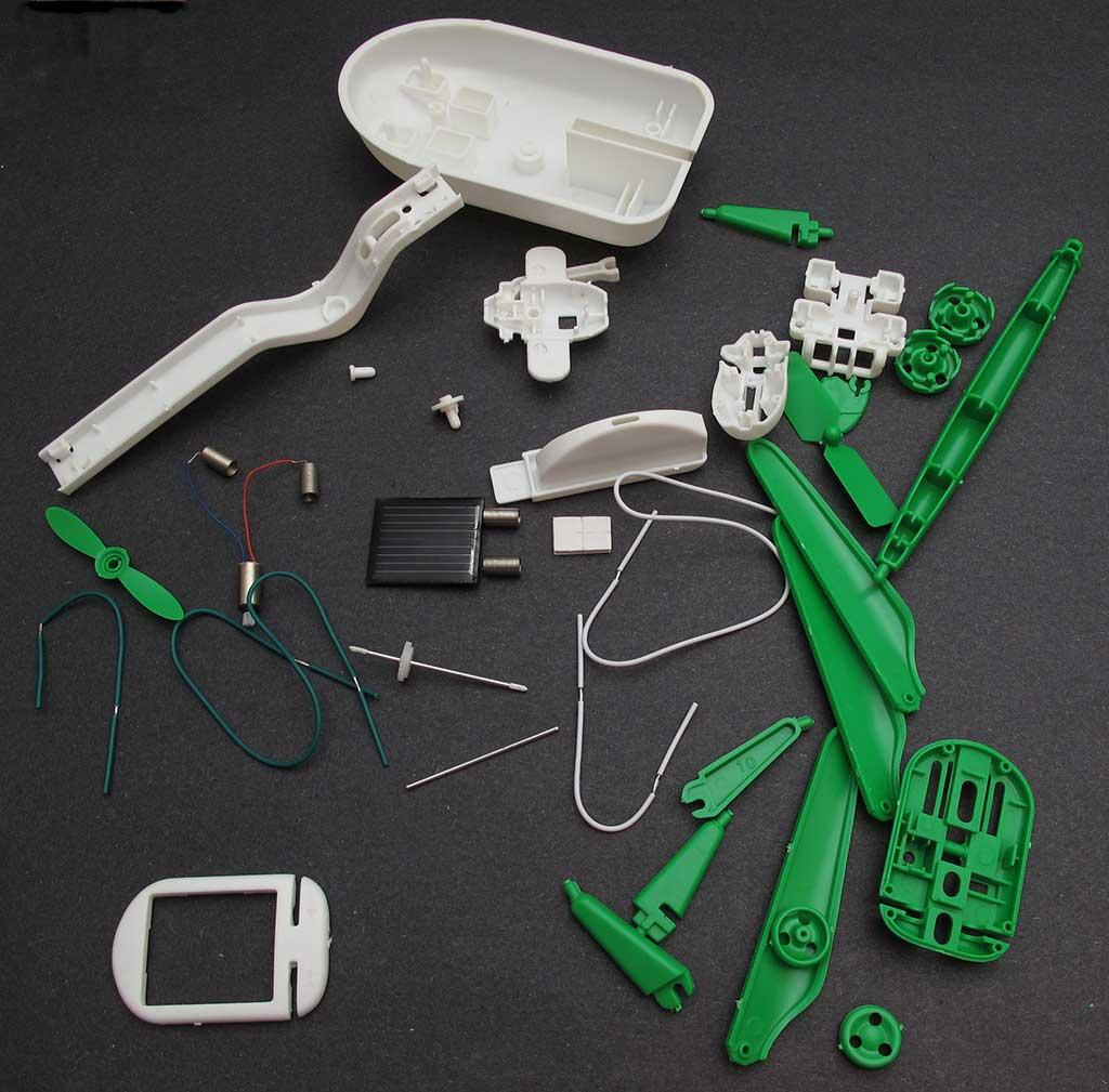 579876c645c 6-in-1 Solar Robot Kit Review – The Gadgeteer