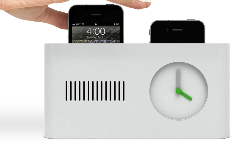 concept_iPhone_toaster_alarm