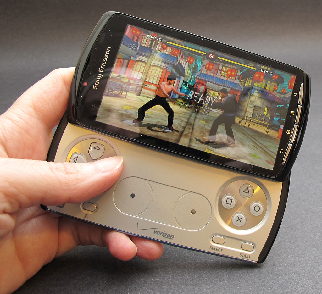Sony Ericsson Xperia PLAY Android Smartphone Review