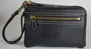 dooney-and-bourke-zip-around-wallet-1