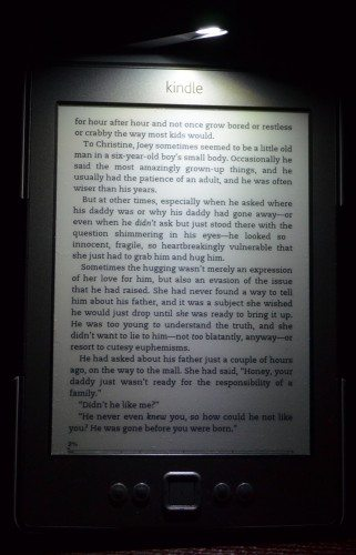kindle lighted cover 10