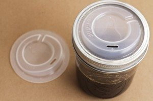 cuppow-travel-lid-for-canning-jars