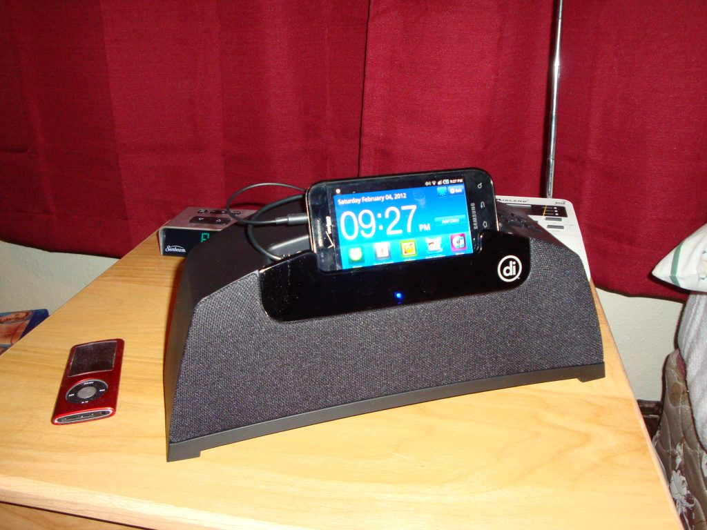 Phone Alarm Clock Dock For Android Phones digital innovations universal speaker dock for android review to be able utilize the you have download a free app from marketplace called sonr labs this has started before y