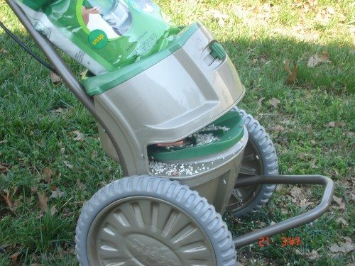 Scotts Snap Lawn Care System Snap Spreader Review – The Gadgeteer