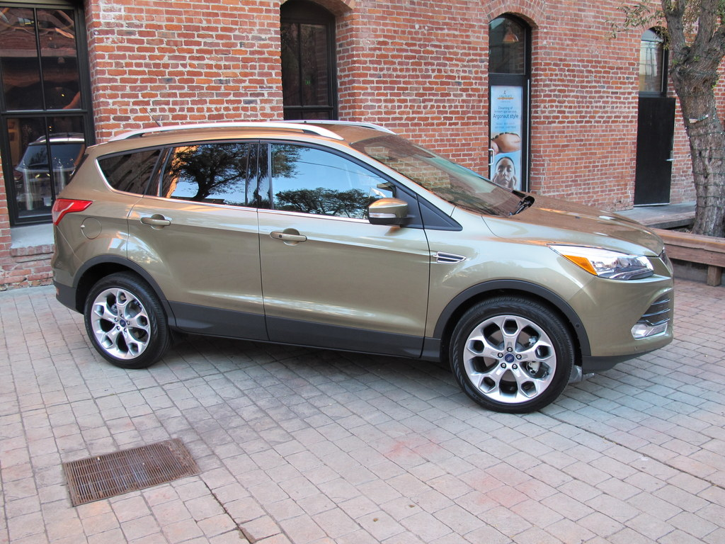 ford escape test drive  gadgeteer