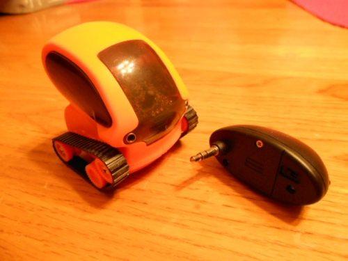 Desk Pet TankBot 1