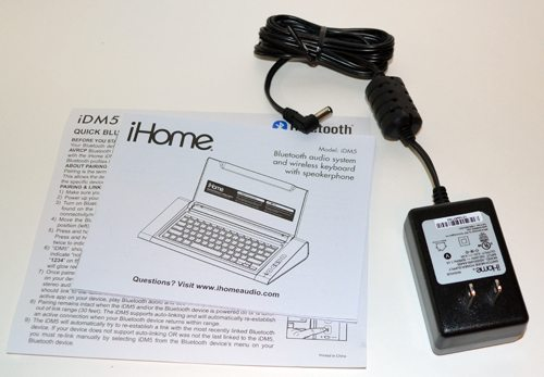iHome Wireless Keyboard Speakers Dual usb// Bluetooth Audio System