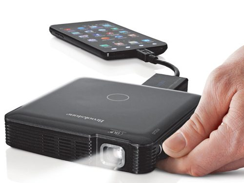 Hdmi pocket projector for smartphones and tablets the for Hdmi projector