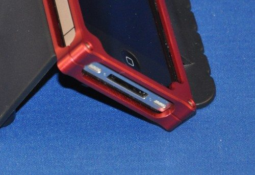 The bottom of the vonCase - sturdy, but it'll keep you disconnected from docks.