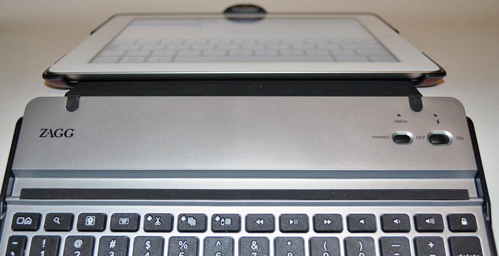 Techno News: ZAGGkeys Solo Bluetooth Keyboard and ZAGGfolio iPad ...