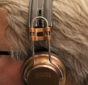 California_Headphone_Laredo_1