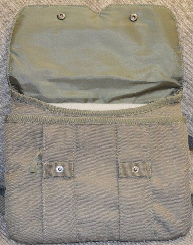 stm-cache-ipad-bag-3