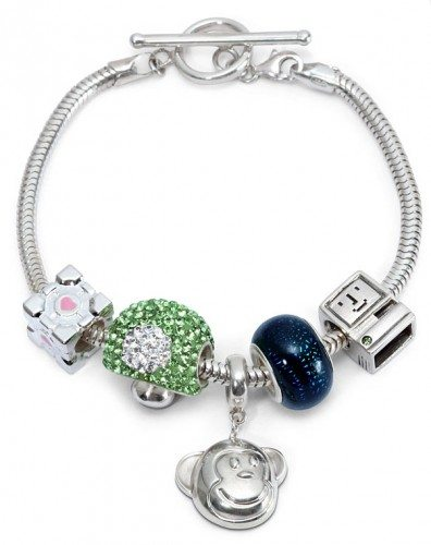thinkgeek-bracelet