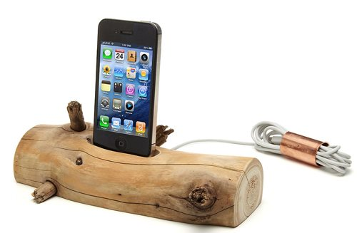 driftwood-iphone-charging-dock