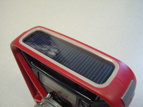 Solar panel is integrated into the handle with a glow-in-the-dark ring.