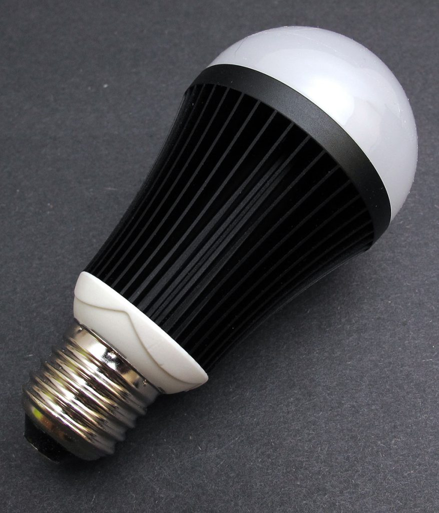 Bluebulb bluetooth bulb review the gadgeteer for Bluetooth bulb