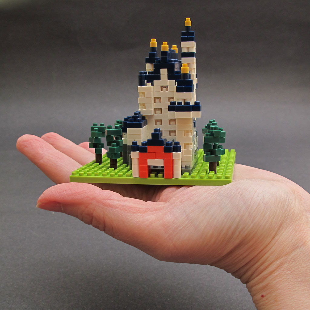 Nanoblock Micro Sized Building Blocks Review The Gadgeteer