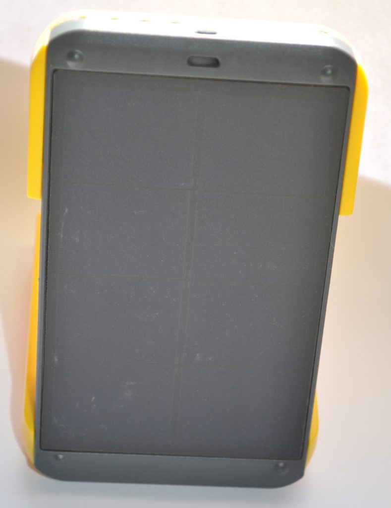wakawaka_power_charger_06