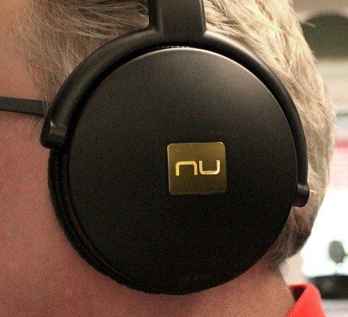 NuForce–HP-800_1