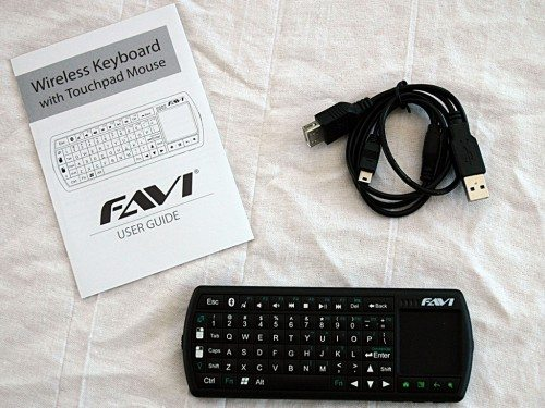 favi_wireless_keyboard_touchpad_schettino_review_02
