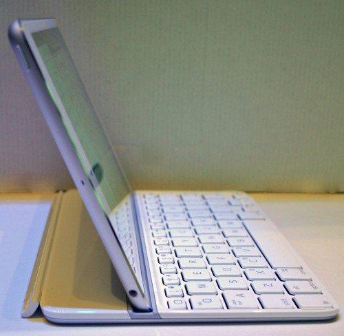 logitech-ultrathin-keyboard-mini-10