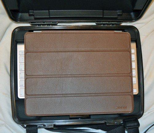 pelican-i1075-ipad-case-9