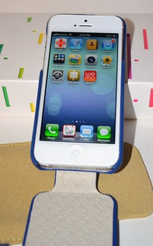 vaja-flip-cover-iphone-5-10