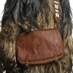 thinkgeek-chewbaccamessengerbag
