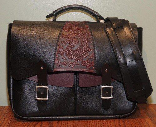oberon-leathermessenger-front