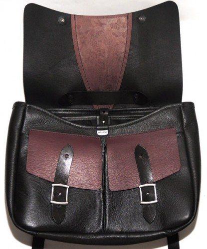 oberon-leathermessenger-frontopen