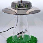 alien-abduction-lamp