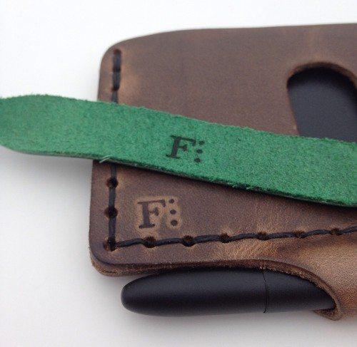 formfunctionform-architectswallet&bowshacklebracelet25