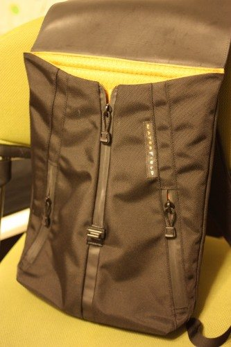 Staad-BackPack-04