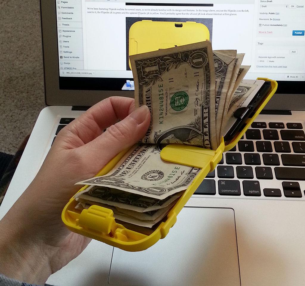 Flipside 3x Wallet Review The Gadgeteer
