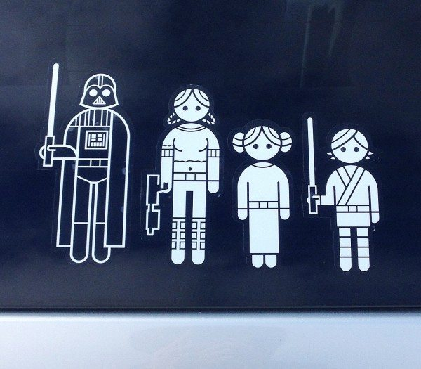 ThinkGeek-StarWarsFamilyCarDecals4.jpg