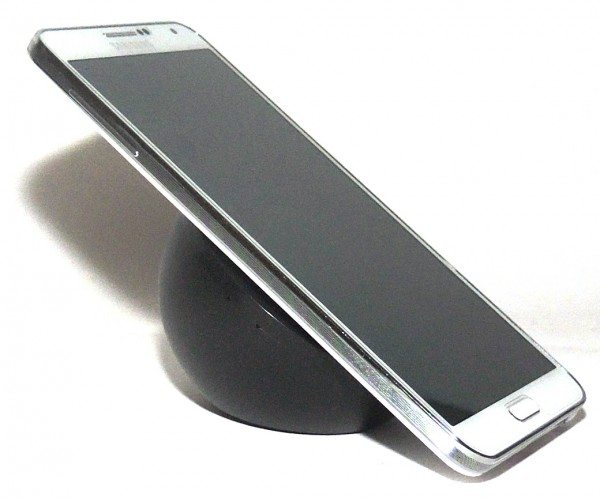 brando_wireless_charger_w_stand-profile