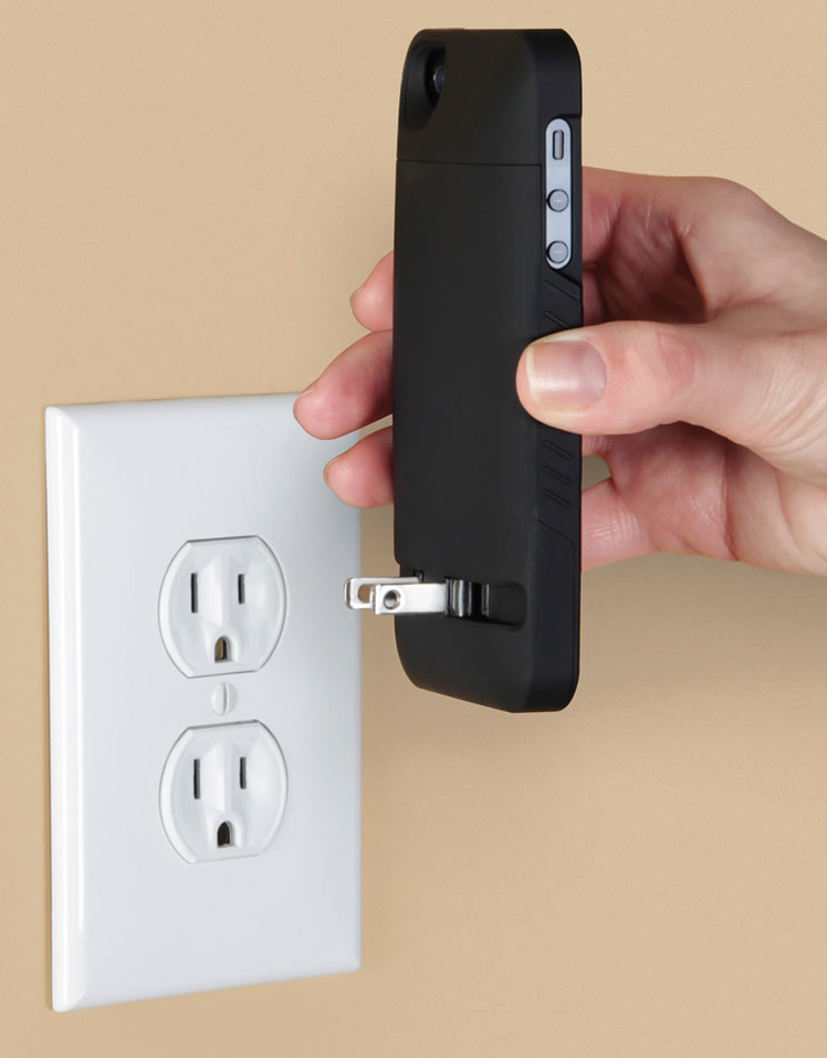 you can forget the phone charger with this iphone case the gadgeteer. Black Bedroom Furniture Sets. Home Design Ideas